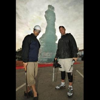 giant_sculptures-02